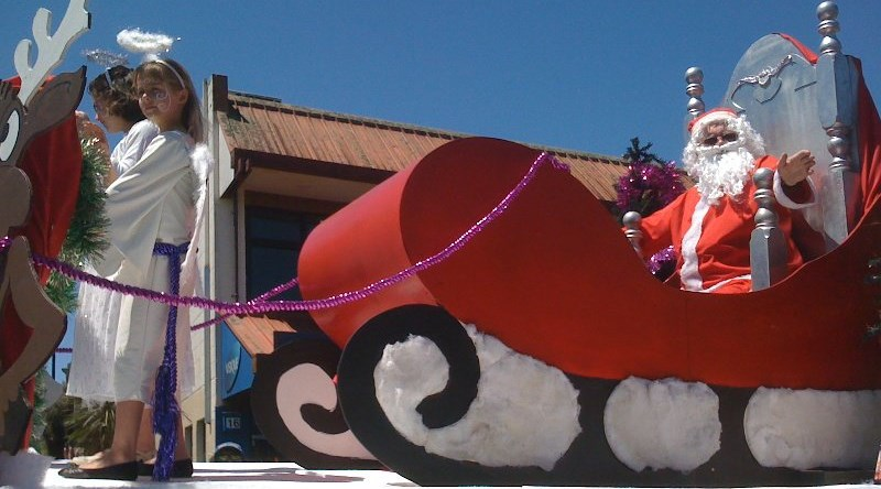 Santa at the Glen Eden Christmas Parade